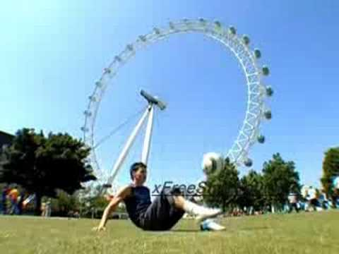 Billy Wingrove's - Learn Freestyle Football