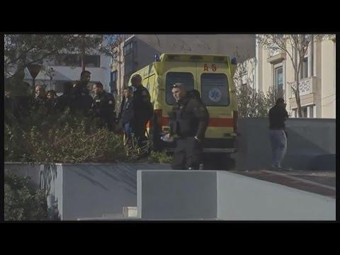 Αιματηρό περιστατικό στο κέντρο της Αθήνας: Νεκρός αλλοδαπός-Τραυματίας αστυνομικός