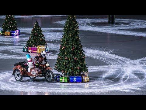Vídeos de '¡Sidecars y coches sobre hielo para celebrar el Año Nuevo! (VIDEO)'