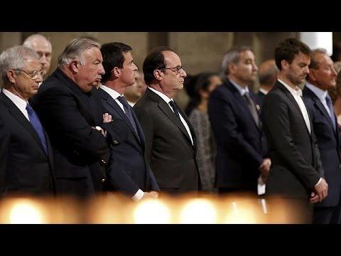 Παρίσι: Τελετή στη μνήμη του άτυχου ιερωμένου
