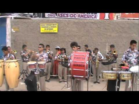 BANDA SHOW SONORA ACOLLA 2012 Y LOS HUAYNOS DE SAN PEDRO DE CAJAS
