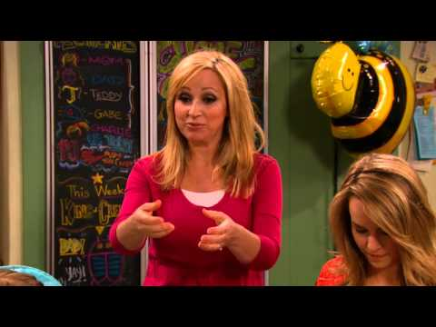 Good Luck Charlie 4.08 (Clip)