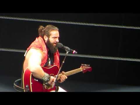 Grande Elias! WWE Santiago