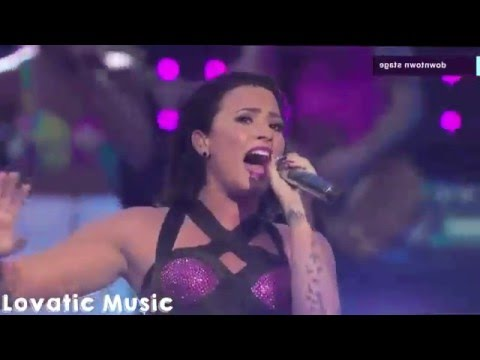 Demi Lovato - Give Your Heart A Break (live At Vma's 2015) Hd