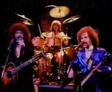 Tekst piosenki Electric Light Orchestra - Turn To Stone po polsku