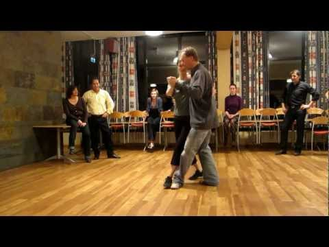 Tango steps from Rune by Knut 27 october 2011 001