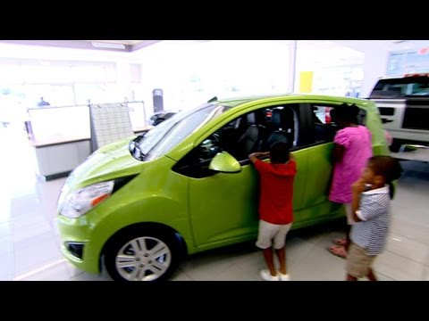 buy - Tips to alleviate the stress and avoid headaches when buying a pre-owned vehicle.
