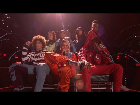 Rita Ora   Your Song (2017 Teen Choice Awards Performance) (видео)