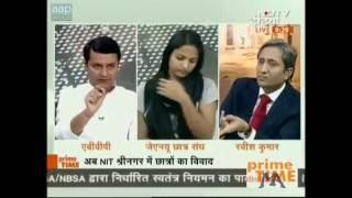 Ravish Kumar talks about paid trolls on the Internet/Twitter.