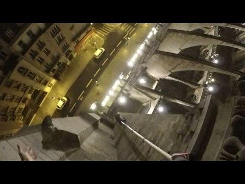 scramble Notre Dame de Paris with Mustang Wanted