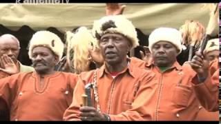 Makiria ma athuri magana matatu a ndundu ya Gikuyu nimaratabanirie mahoya muthenya wa ira mucii-ini kwa Mama Ngina itura-ini ria Ichaweri mwena ya ...
