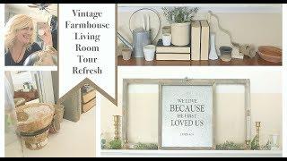 Vintage Farmhouse Living Room Refresh 2017CraftOManiac-Instagram https://www.instagram.com/craftomaniac/