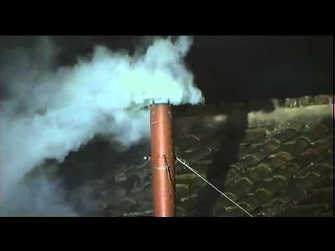 La fumata bianca: la gioia di Piazza San Pietro