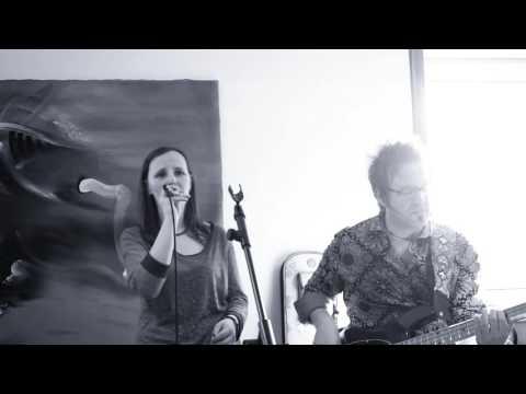 John Farnham - You're The Voice (LIVE Acoustic Cover by Melanie Mau & Martin Schnella) (видео)