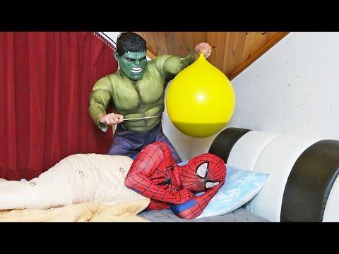 Spider Man Hulk İn The Bed BALLOON in COCA Cola PRANK!