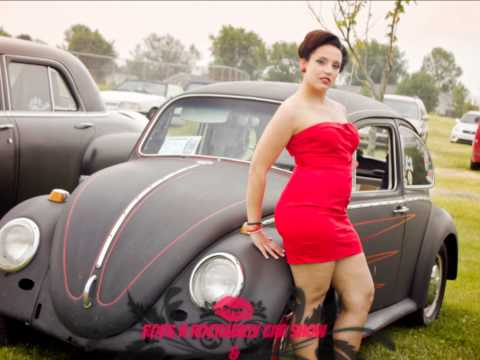 Rods n Rockabilly Car Show and Pinup Girls