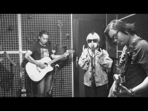 Mỗi người một nơi - Nhạc hoa lời việt ( Quang Huy ) - Huỳnh Tú ( cover ). - Thời lượng: 3 phút, 38 giây.