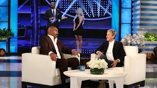 Video Steve Harvey Dishes on the Kardashian/West 'Family Feud' Episode MP3, 3GP, MP4, WEBM, AVI, FLV September 2018