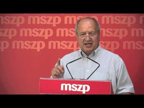 Balog Zoltán üljön tárgyalóasztalhoz a szociális ágazat képviselőivel
