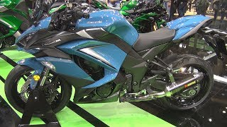 9. Kawasaki Z1000SX Stormcloud Blue / Metallic Matt Carbon Grey (2019) Exterior and Interior