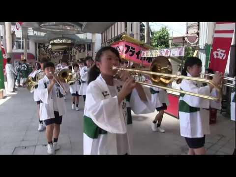 二瀬中学校吹奏楽部マーチング、飯塚わっしょい祭2016(福岡県飯塚市)