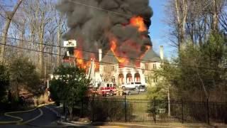 حريق يلتهم قصر إماراتي في ولاية فيرجينيا الأمريكية