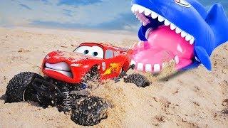 Video The Megalodon Attack  McQueen | Disney Cars Toys Lightning McQueen Tayo the Little Bus MP3, 3GP, MP4, WEBM, AVI, FLV Desember 2018