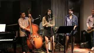 Monita Tahalea ft. Gaby - Keliru @ Mostly Jazz 27/04/12 [HD]