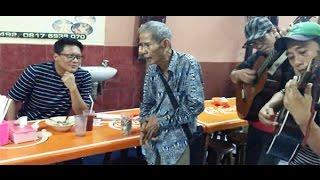 Video Suara Emas Pengamen Tua Bikin Kombes Krishna Murti Terpesona MP3, 3GP, MP4, WEBM, AVI, FLV September 2017