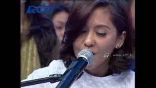 Video Petra Sihombing Feat Lala Karmela - Mine - dahSyat 17 Mei 2014 MP3, 3GP, MP4, WEBM, AVI, FLV Agustus 2018