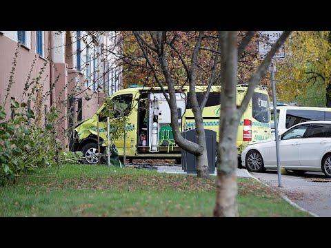 Όσλο: Κλεμμένο ασθενοφόρο έπεσε σε οικογένεια