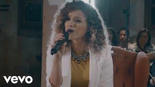 image of Arianne - Primeiro Amor (Quero Voltar) (Ao Vivo) ft. Priscilla Alcantara