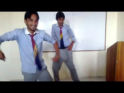 Video Pakistani college girls boys fun in class download in MP3, 3GP, MP4, WEBM, AVI, FLV January 2017