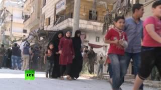 Мирные жители покидают Алеппо по гуманитарным коридорам