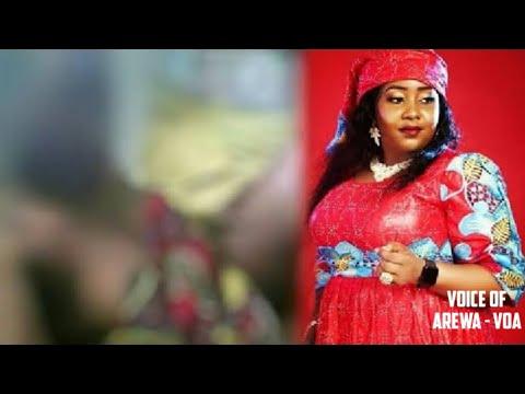 Tirkashi: Ansaki Wani Sabon Video'n Muneerat Abdulsalam Tsirara - Kalli Video'n Domin Ganin Zahiri.