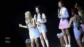 Video Red Velvet 1st concert Red Room - 아기상어 뚜루루뚜루~ MP3, 3GP, MP4, WEBM, AVI, FLV Agustus 2018