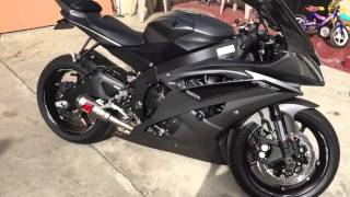 8. 2016 Yamaha R6 walk around