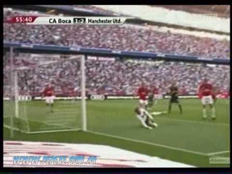 Cathcart en partido Boca Juniors- Manchester United