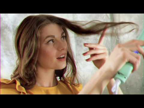How to Top Knot with Loose Waves
