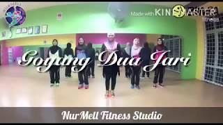 Viral step !! Zumba Goyang Dua Jari by Sandrina with Zin Nurul