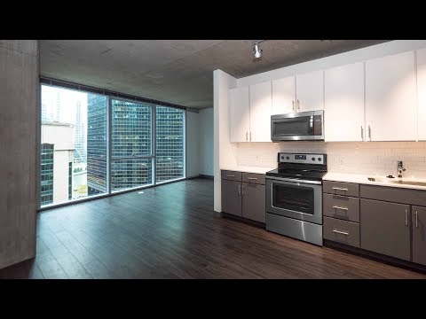 An 04-tier 1-bedroom at the Loop's new Linea apartments