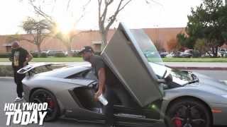 Jamie Foxx Arrives To Floyd Mayweather's Celebrity Basketball Game in Lamborghini Aventador