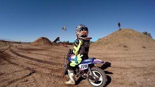 5-latka, która uwielbia motocross