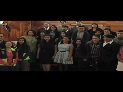 Jovenes culminan participación en inglés