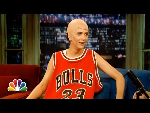 0 Kristin Wiig in Jordan SC 1 on Late Night with Jimmy Fallon