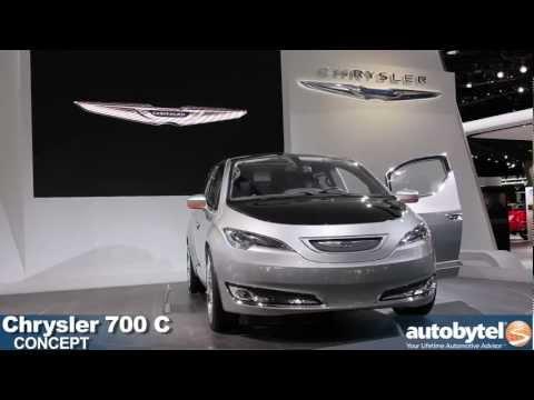 Chrysler 700C minivan concept at the 2012 Detroit Auto Show
