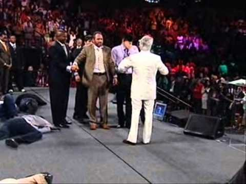 Benny Hinn - Holy Spirit's FIRE Flowing In Greenville, SC