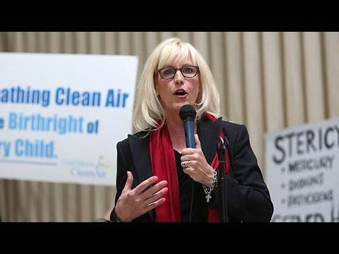 chemical spill - http://www.democracynow.org - West Virginia has begun partially lifting its ban on tap water five days after a chemical spill in the Elk River. More than 300...