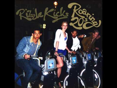 Tekst piosenki Rizzle Kicks - Lunatic po polsku