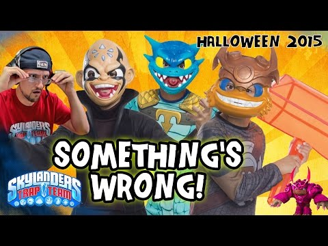 Skylanders Trap Team Halloween 2015 Costumes! SOMETHING'S WRONG!  (SKIT)  | KAOS, WALLOP & SNAPSHOT